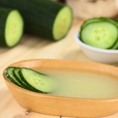 This DIY recipe will help tighten your skin and give you a long lasting younger appearance.
