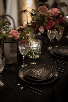 La Tavola Fine Linen Rental: Velvet Onyx | Photography: Katrina Jayne, Planning: Esoteric Events, Florals: Honey and Poppies, Venue: Malibu Rocky Oaks, Paper Goods: Written Word