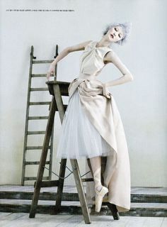 Poetry in Motion | Park Ji Hyea | Kim Sang Gon #photography | Vogue Korea August 2012