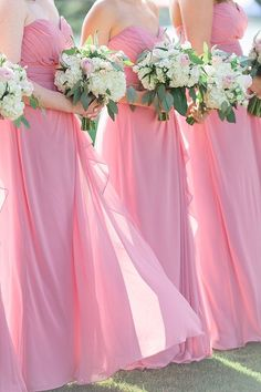 An elegant peach wedding at the Tides Inn in Irvington, Virginia, captured by Alicia Lacey Photography. Summer Bridesmaid Dresses, Red Bridesmaids, Wedding Dresses, Junior Bridesmaids, Bridesmaid Ideas, Pink Wedding Theme, Wedding Flowers, Nautical Wedding, Dream Wedding