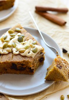 Waking up to this chocolate chip pumpkin breakfast cake and a hot cup of coffee will give you an automatic happy belly and a great day!