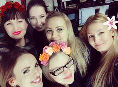 Коллектив #goldenappleboutiquehotel поздравляет заболевшую именинницу менеджера отд.продаж Катюшу Жаворонкову. Выздоравливай скорее! Мы скучаем  #happybirthday #behealthy #bestmoscowhotel #ждемзавтрасгостинцами #лучший коллектив — с Marina Zelenkova и Olya Chekasina в Golden Apple Boutique Hotel. Happy Birthday, dear Kate! Though you are on a sick leave, we send you our congrats, kisses and tons of love!