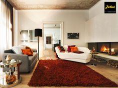 #InnenarchitekturToferer Innenarchitektur Toferer entspannt mit JOKA 😉 👍Gemütliche Wohnzimmer-Gestaltung👍 Shag Rug, Designer, Home Decor, Classic Furniture, Interior Design, Cozy Living Rooms, Homes, Shaggy Rug, Home Interiors
