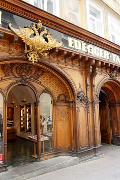 VIENA - Austria - Hofbäckerei Edegger Tax Hofbäckerei Edegger Tax is a traditional confectionary and bakery in Hofgasse, the old part of Graz and the royal court also used to get pastries and bread made by them. The whole building and the beautiful facade had been recently restored, and although this is ce...
