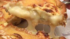 Tarte camembert aux oignons caramélisés et petits lardons grillés ! Simple et délicieux Ingrédients CAMEMBERT 1 OIGNONS 3 LARDONS 125 G BEURRE 1 NOIX PÂTE BRISÉE 1 ŒUFS 2 CRÈME LIQUIDE 20 CL NOIX DE MUSCADE 1/2 C. à C. Recette Couper le camembert en tranches et émincer les oignons. Faire revenir les oignons et les lardons à la poêle avec une noix de beurre. Placer la pâte brisée dans un moule à tarte. Répartir uniformément les oignons et les lardons sur la pâte. Battre les œufs avec l...