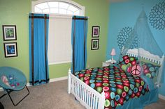 Tween Girl Room. Blue and Green Room.