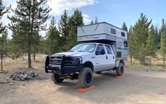 Chevy Diesel Trucks, Powerstroke Diesel, F350 Super Duty, Overland Truck, Rv Homes, Cool Campers, Dodge Cummins, Truck Camper, Campervan