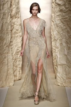Donna Karan Collection. New York, primavera verano 2011.