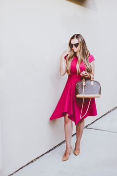 Sharing where to order this stunning raspberry pink dress that's office-appropriate, plus my $10 hack for adding more functionality to my Louis Vuitton Alma MM bag