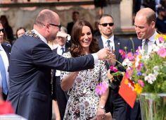 Кейт Миддлтон и Принц Уильям: как завершился второй день польско-немецкого тура   https://joinfo.ua/showbiz/1210235_Keyt-Middlton-Prints-Uilyam-zavershilsya-vtoroy.html