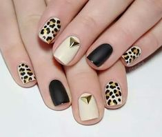 Go through our collection of the best animal print nail art ideas, and get those nails painted now. Cute Nails, Pretty Nails, My Nails, Hair And Nails, Gold Gel Nails, Rose Gold Nails, Tribal Nails, Leopard Nails, Tiger Nails