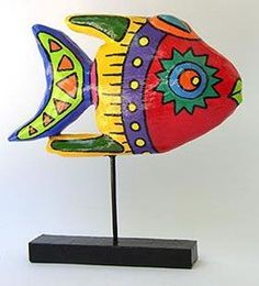 Look for inspiration to Niki de Saint Phalle and Jean Tinguely Paper Mache Clay, Paper Mache Crafts, Paper Clay, Paper Art, Sculpture Lessons, Sculpture Ideas, Art Textile, School Art Projects, Colorful Fish