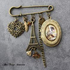 Bijou créateur - broche epingle bronze pendentif porte-photo cabochon paris breloques tour eiffel et coeur perles verre