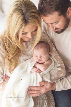 Estela Giargei Photography - Houston Baby Newborn Photographer - Baby and Family Photography by Photographer Estela Giargei in Houston