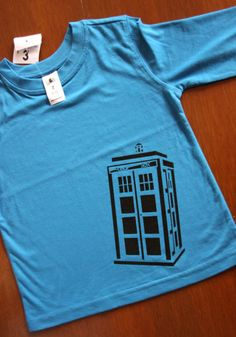 Free Download: DIY TARDIS T-Shirt printing template-make our own screen printing frames using old pic frames and mesh with staples and masking tape, fairly easy.  Squeegies....maybe grout spreaders???