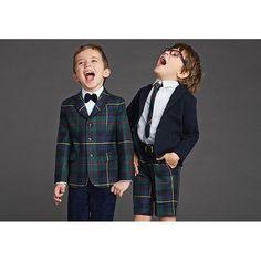 La moda é... Una questione di stile!Cravatte e papillon per maschietti oggi su #only4kidz a cura di @ricciecapricci_mum (Photo Credits #dolce&gabbanakids)