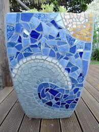 Best Ideas About Mosaic Pots On Mosaic Flower Pots Cool . Mosaic Planters, Mosaic Garden Art, Mosaic Vase, Mosaic Tile Art, Mosaic Flower Pots, Mosaic Crafts, Mosaic Projects, Pebble Mosaic, Blue Mosaic