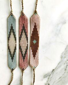 off loom beading stitches Beaded Jewelry Patterns, Fabric Jewelry, Bracelet Patterns, Beading Patterns, Beading Ideas, Beading Supplies, Bead Loom Bracelets, Woven Bracelets, Moon Jewelry