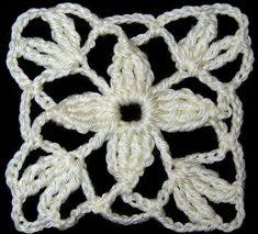 Crochet : Motivo Cuadrado con Flor de 4 petalos Knitting For BeginnersKnitting HatCrochet ProjectsCrochet Baby Crochet Squares, Crochet Motif, Crochet Doilies, Crochet Flowers, Crochet Stitches, Crochet Baby, Crochet Patterns, Granny Squares, Crochet Symbols