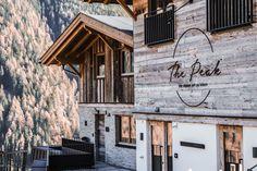 Chalet The Peak Sölden - Urlaub von der schönsten Seite Modern, Old Wood, Vacation, Nice Asses, Trendy Tree