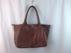 Pelletteria Veneta Brown Leather Italian Handbag Tote Travel Bag in Clothing…