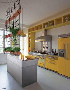 Jardin vertical, cocina, uso de espacio .. simplemente una idea genial