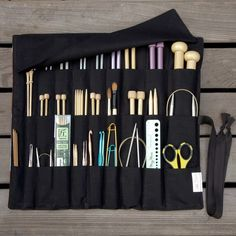 Knitting Needle Case (be a good gift for some people I know)