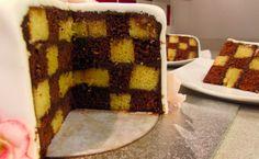 Cómo hacer un Checkerboard Cake cubierto con fondant | Tartas de fondant...