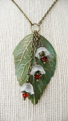 Items similar to Necklace, Long leaf and lucite flower necklace: No. N50 on Etsy