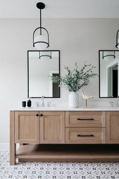Upstairs Bathrooms, Master Bathroom, Oak Bathroom Vanity, Bathroom Art, Bathroom Fixtures, Modern Bathroom, Bathroom Interior Design, Home Interior, Bathroom Lighting Design