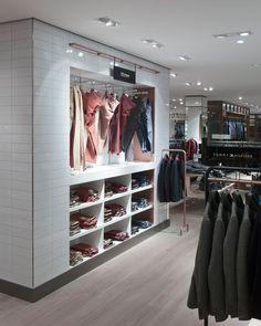Breuninger menswear by HMKM, Stuttgart   Germany store design