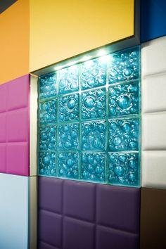 pequea muestra de la amplia gama de materiales colores y texturas de serastone decoracin