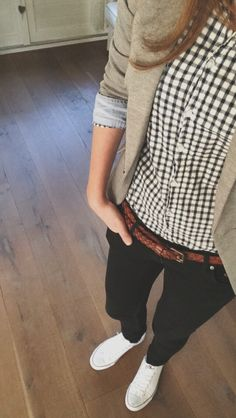 dappertomboy: Kinda liked my outfit today :)
