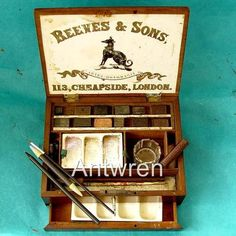 Item : Antique Georgian W J Reeves & Son Watercolour Paint Box Churchill Paintings, Artist Supplies, Antique Boxes, Antique Paint, Painted Boxes, Paint Set, Old Art, Watercolour Painting, Art Studios