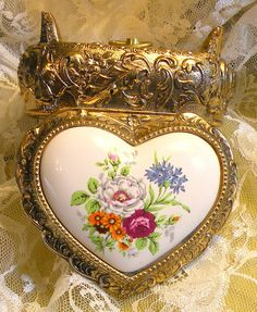 Vintage Music Box Heart Shape Sankyo Ornate Floral Porcelain Lid Floral Trinket Box