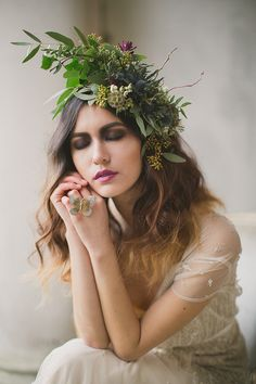 Given who you're marrying I can just c u wearing a headpiece like this, Leesh :)
