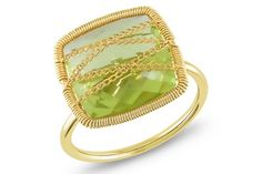 Lemon Green Quartz ring in yellow gold.