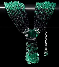 Emerald and Sapphire Bead Necklace by Scavia Blue-green Tassel Jewelry, High Jewelry, Luxury Jewelry, Bridal Jewelry, Jewelry Art, Antique Jewelry, Beaded Jewelry, Jewelry Necklaces, Beaded Necklace