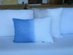 MARABIERTO - Almohadones Mitades de lino azul de 40x60 y gris de 50x50.
