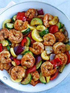Comida Diy, Plats Healthy, Shrimp And Vegetables, Dinner With Vegetables, Health Dinner, Le Diner, Healthy Meal Prep, Dinner Healthy, Eating Healthy