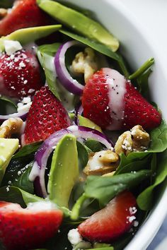 Strawberry Avocado Spinach Salad | Creme de la Crumb