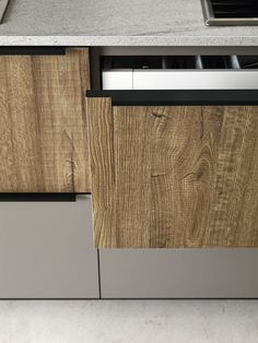Download the catalogue and request prices of Ariel - composition 3 By cesar arredamenti, linear fitted kitchen design Gian Vittorio Plazzogna, ariel Collection