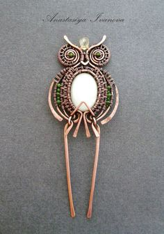 handmade: hairpin technique: wire-wrapping materials: copper,amethysts size: d 6 cm Owl Jewelry, Animal Jewelry, Hair Jewelry, Beaded Jewelry, Handmade Jewelry, Wire Jewellery, Handmade Wire, Copper Jewelry, Jewelry Ideas