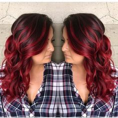 Some times hair just makes me stop in my tracks! This beautiful color Fireball is from @harttofcolor @harttofcolor from @butterflyloftsalon. You guys know how I love formulating the perfect red! I think she nailed it go give her some love!