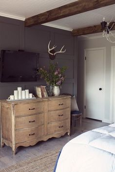 Spend 1 Hour, 1 Day, or 1 Weekend: How To Add Texture to a Neutral Bedroom