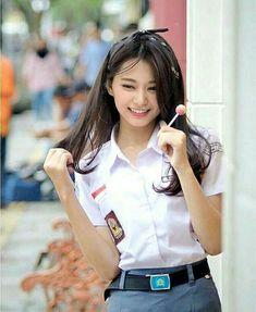 """Pratiwi, dekel hitz di sekolahan gw, panggil an dia Cuwi aja,…"""" Cute Asian Girls, Beautiful Asian Girls, Cute Girls, Kpop Girl Groups, Korean Girl Groups, Kpop Girls, Tzuyu Body, Cover Wattpad, Twice Tzuyu"""