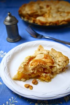 World Turn'd Upside Down: Civil War Peach Pie for the Historical Food Fortnightly: Challenges 5 and 6