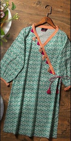 Stylish Dress Book, Stylish Dresses For Girls, Stylish Dress Designs, Casual Dresses, Eid Dresses, Kurti Neck Designs, Kurta Designs Women, Kurti Designs Party Wear, Simple Pakistani Dresses