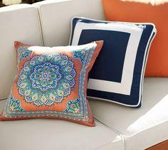 Sonia Indoor/Outdoor Pillow