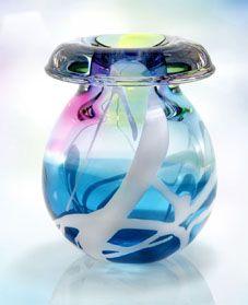 Overgebouden aan mijn tijd bij Royal Leerdam: liefde voor glas en kristal. Deze Unica is ontworpen door Siem van der Marel.